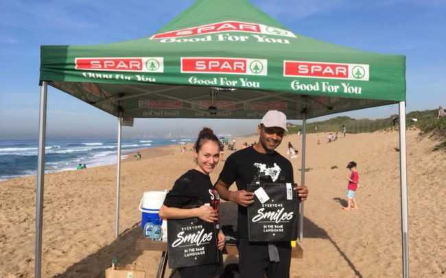KZN Beach Clean Up partnered with SPAR who gave away reusable shopping bags to our volunteers so they can refuse single-use plastic grocery bags!