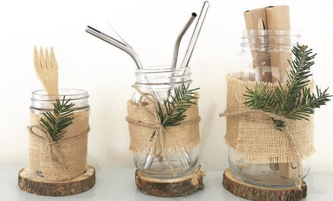 Decorative, re-usable Holiday Glasses with metal straws. Plastic free!